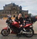 Motorraddemo vor der Semperoper